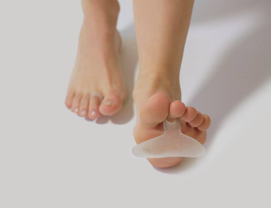 foot with metatarsal cushion