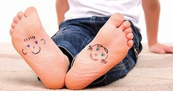 παιδικά πόδια, ζωγραφία