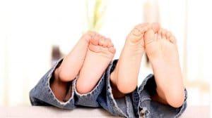 παιδιά-πόδια