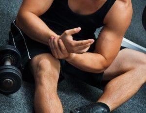 τραυματισμός στον καρπό από άθληση- τενοντίτιδα