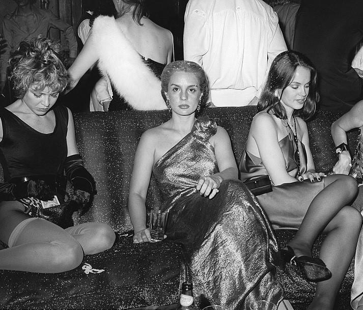 Ladies at disco